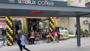 Ankara'dan Başlayan Yeni Nesil Eğlence Café, 'Smallux Coffee' Hızla Büyüyor