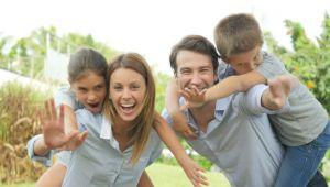 Çocuklarımızla Duygusal Bağlar Kurarak, İletişim Sağlamalıyız
