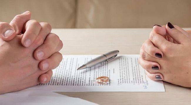 Süresiz nafaka boşanmaları artıyor, çocukları mağdur ediyor
