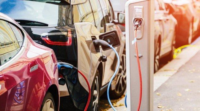Tüketiciler elektirikli otomobile hazır