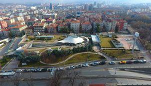 Çankaya'da 19 Mayıs gençlik merkezi inşaatı sürüyor