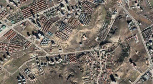 Ankara Çayyolu'nda satılık 10.357 m2 eğitim arsası