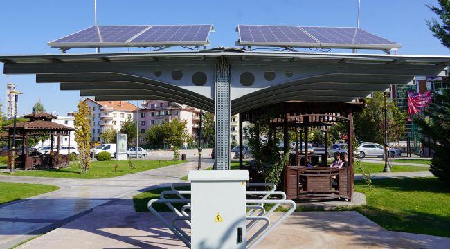 Keçiören'de güneş enerjili şarj ünitesi